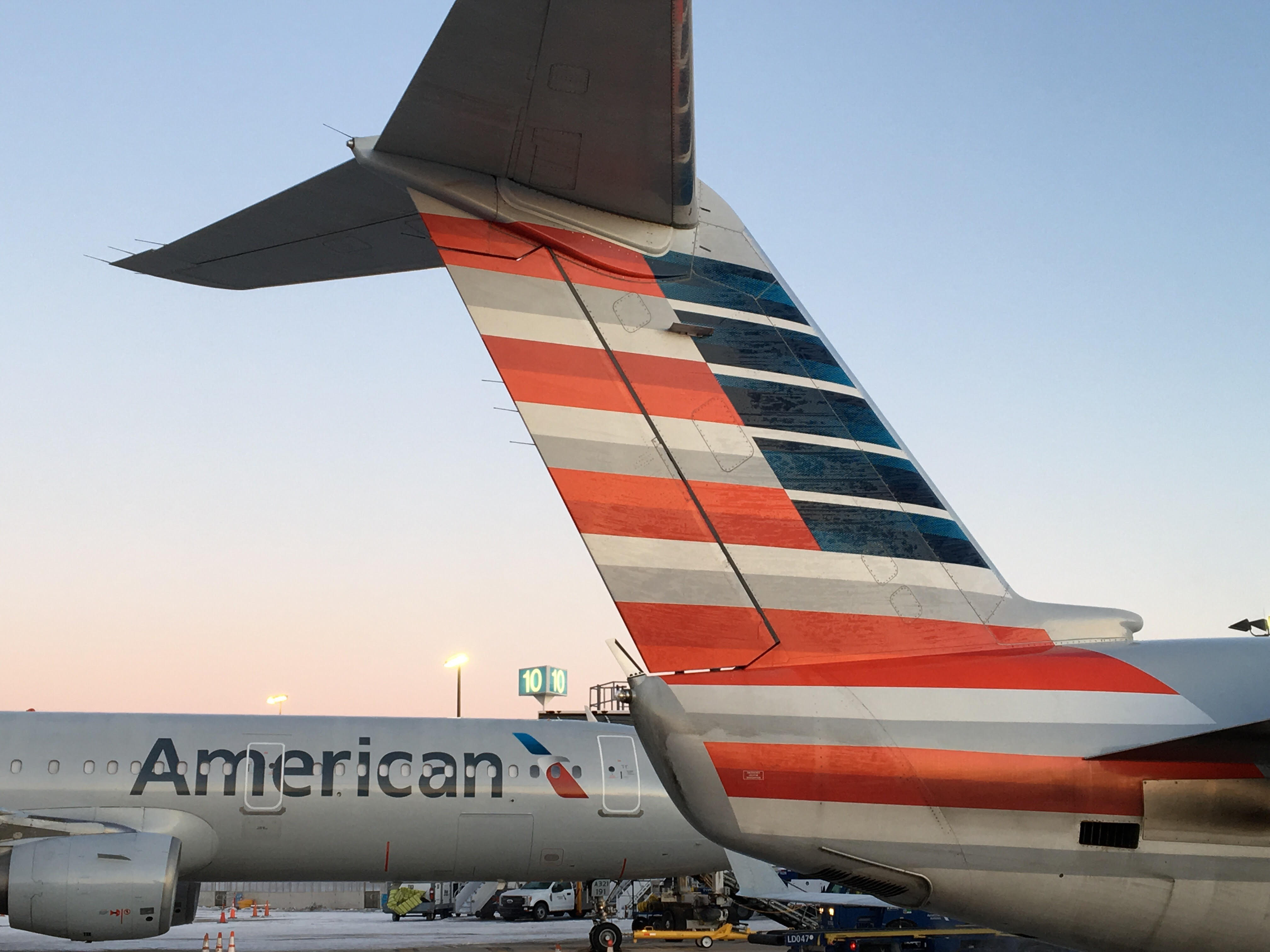 american airlines to start seasonal chicago o hare service